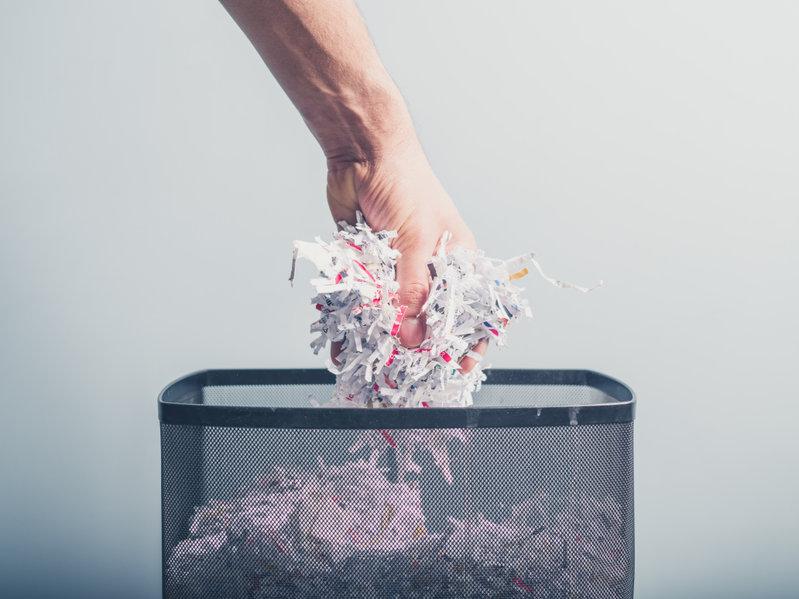 using shredded paper as mulch